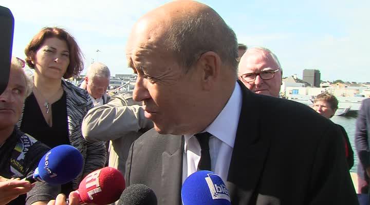Thumbnail Jean-Yves Le Drian : la région Bretagne prend en charge la gestion des ports breton