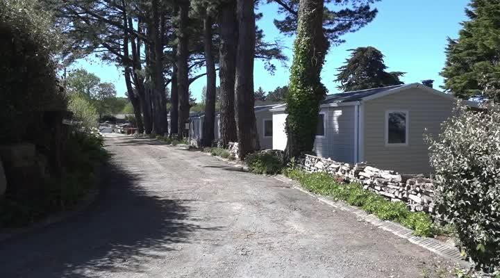 Thumbnail Tourisme : les campings sereins sur la réouverture