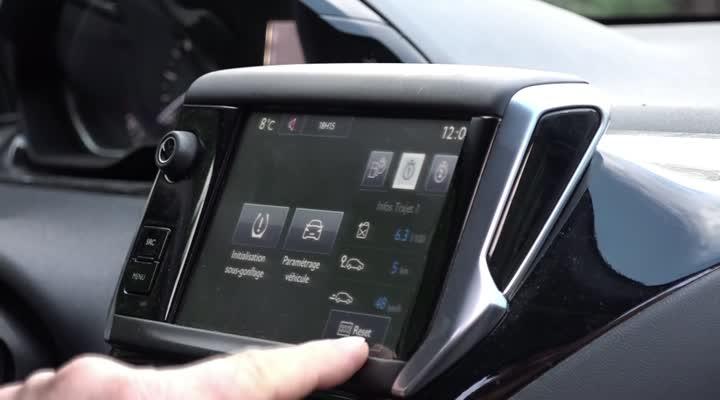 Thumbnail Carburant : et si vous économisiez en conduisant ?