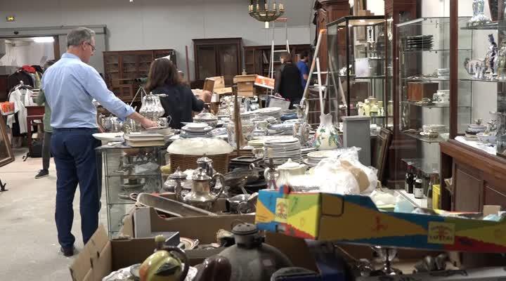 Thumbnail Hôtel des ventes de Morlaix : 1000 lots aux enchères