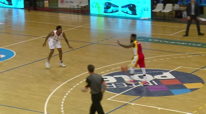 Thumbnail Victoire 81/64 du Cep Lorient Basket-Ball contre St Vallier (N1M).
