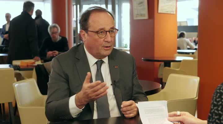 Thumbnail François Hollande à Brest - Interview