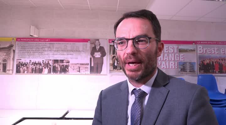 Thumbnail Municipales à Brest : François Cuillandre remporte la primaire PS