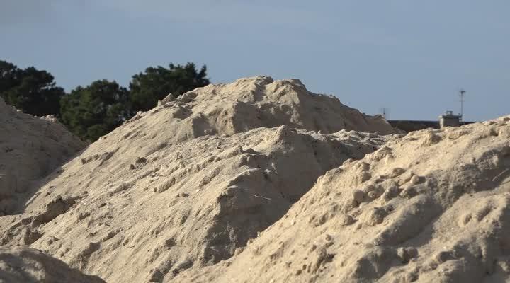 Thumbnail Une dune pour protéger les habitations