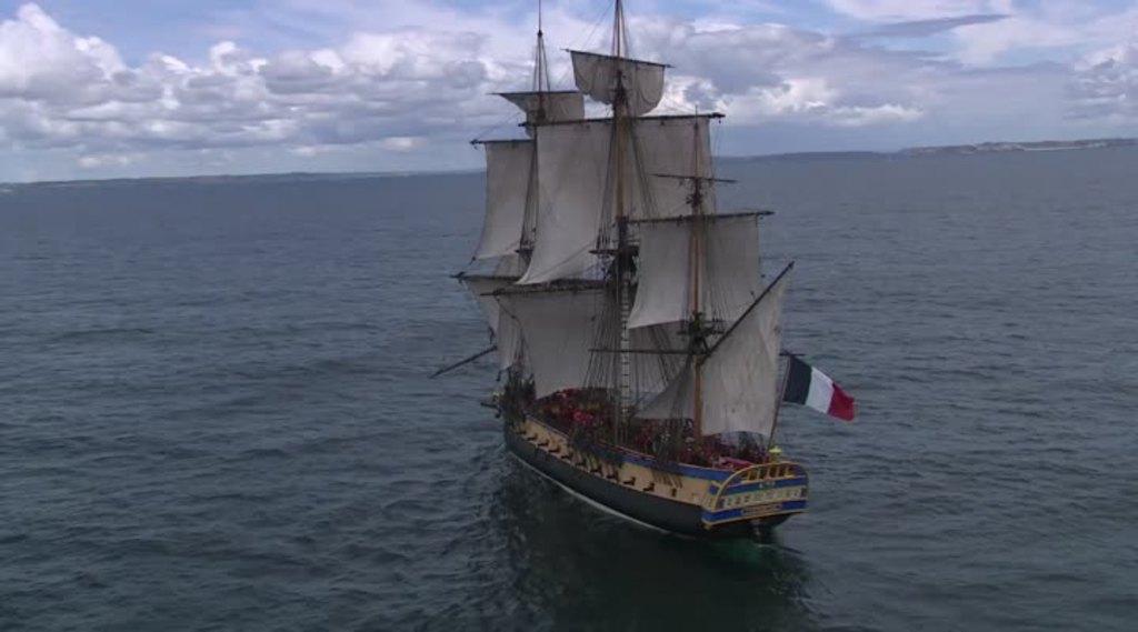 Thumbnail Fêtes maritimes de Brest : Ségolène Royal et L'Hermione