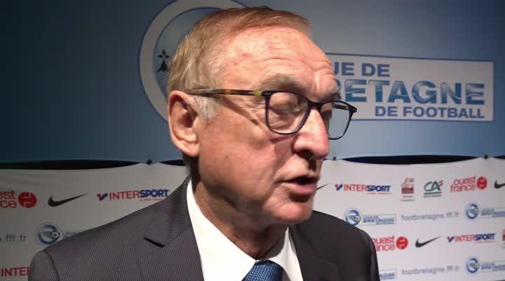Thumbnail Ligue de Bretagne de football : l'enjeu du bénévolat