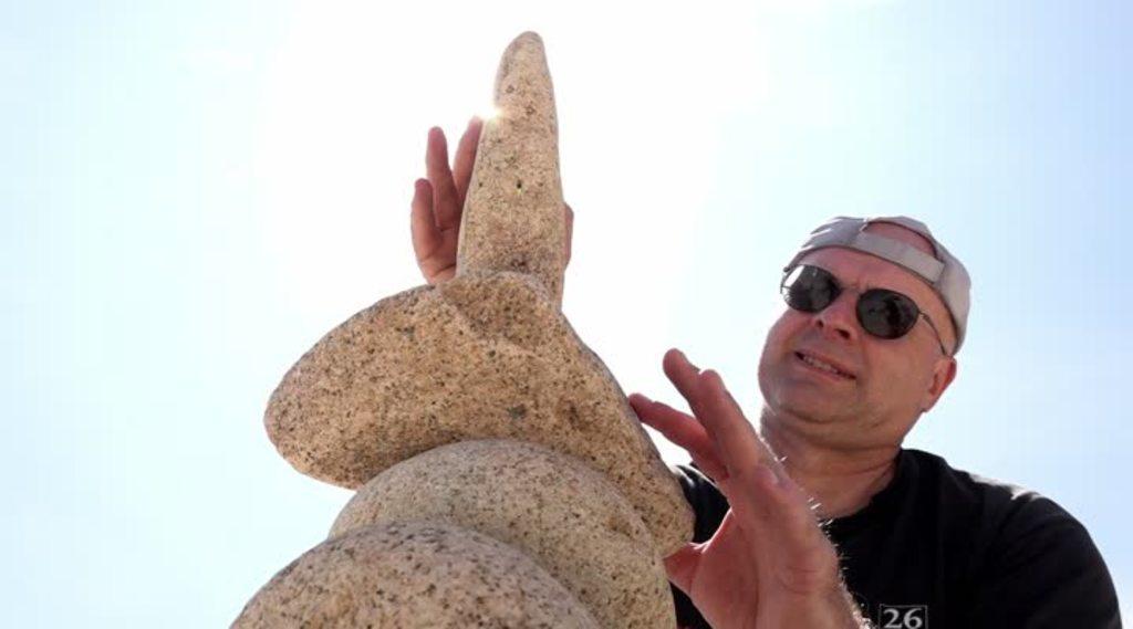 Thumbnail Le 1er festival d'équilibrage de pierre, c'est en baie de Morlaix !