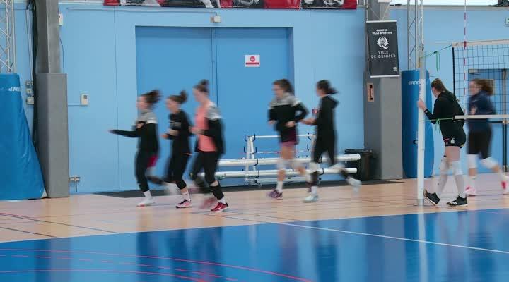 Thumbnail Quimper Volley 29 : Victoria, pointue atypique