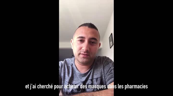 Thumbnail Le réfugié syrien coud des masques pour sa commune