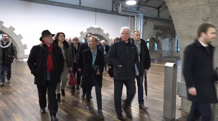 Thumbnail Elisabeth Borne, Ministre des Transports en visite dans le Finistère