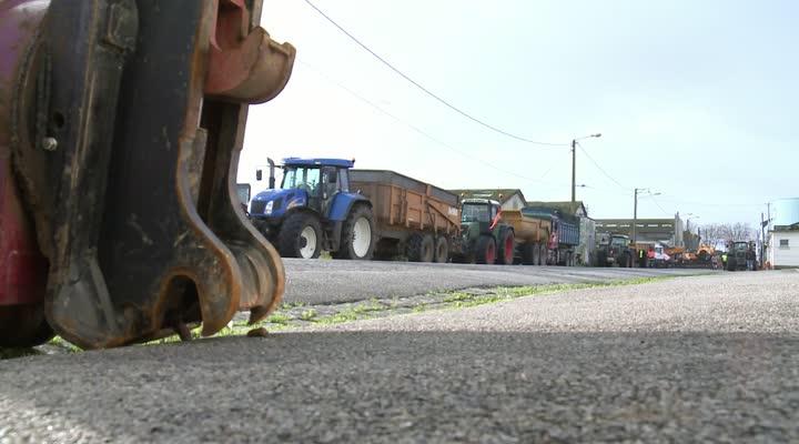 Thumbnail Lorient-le dépôt pétrolier toujours bloqué