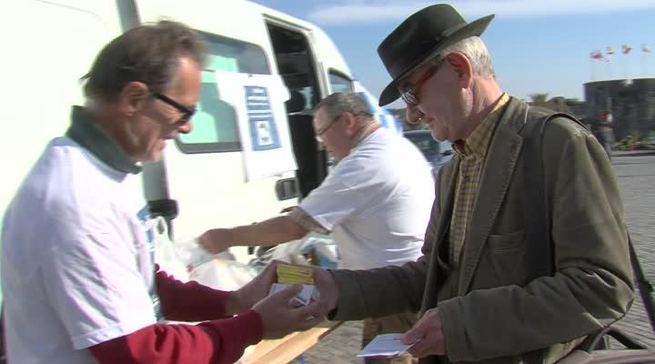 Thumbnail Caravane solidaire : des Bretons mobilisés pour aider le peuple grec