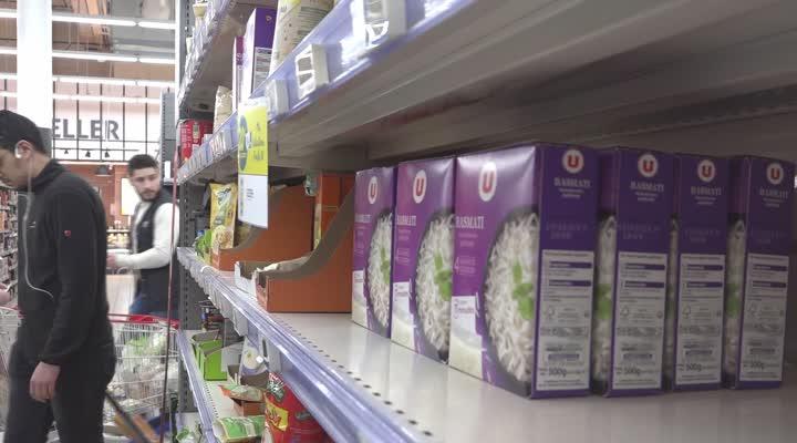 Thumbnail Coronavirus : la panique ce lundi après les annonces dans les supermarchés