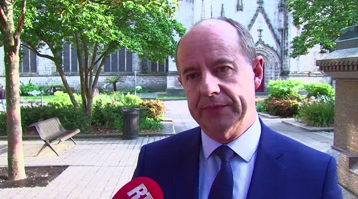 Thumbnail Réaction Ministre de la Justice Jean-Jacques Urvoas à l'élection d'Emmanuel Macron