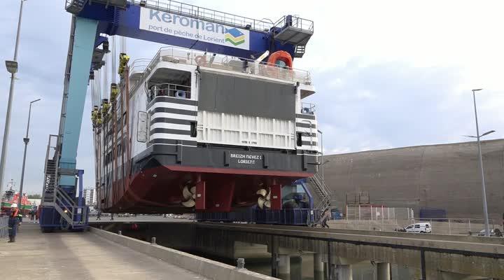 Thumbnail Lorient. Le Breizh Nevez remis à flot