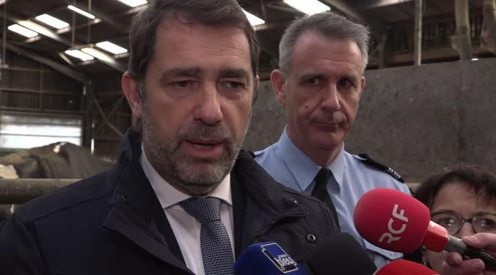 Thumbnail Intrusion dans les élevages : le ministre rassure les agriculteurs