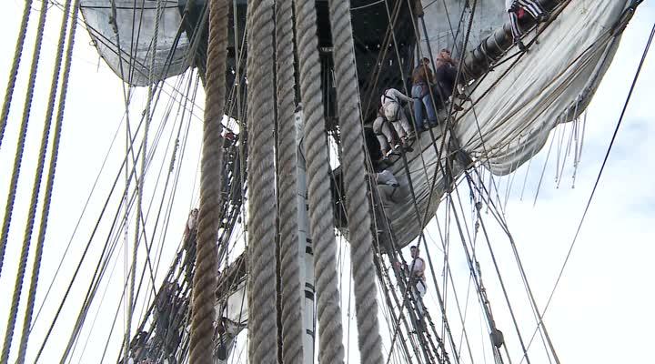 Thumbnail A bord de l'Hermione lors des fêtes maritimes Brest 2016