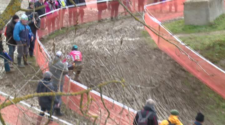 Thumbnail Bretagne de cyclo-cross : Huby confirme à l'étage au-dessus