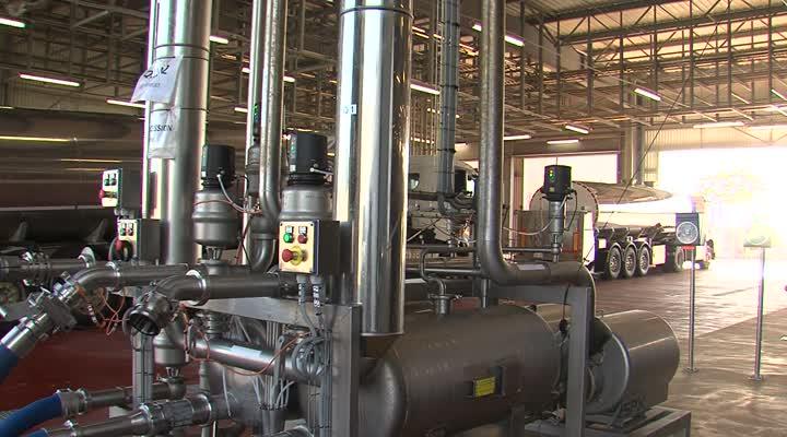 Thumbnail Inauguration de l'usine Synutra à Carhaix