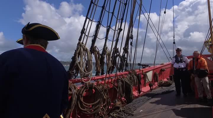 Thumbnail A bord de l'Hermione : arrivée aux fêtes maritimes de Brest
